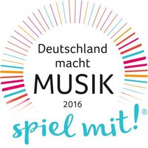 Logo_Deutschland_macht_Musik_2016_R